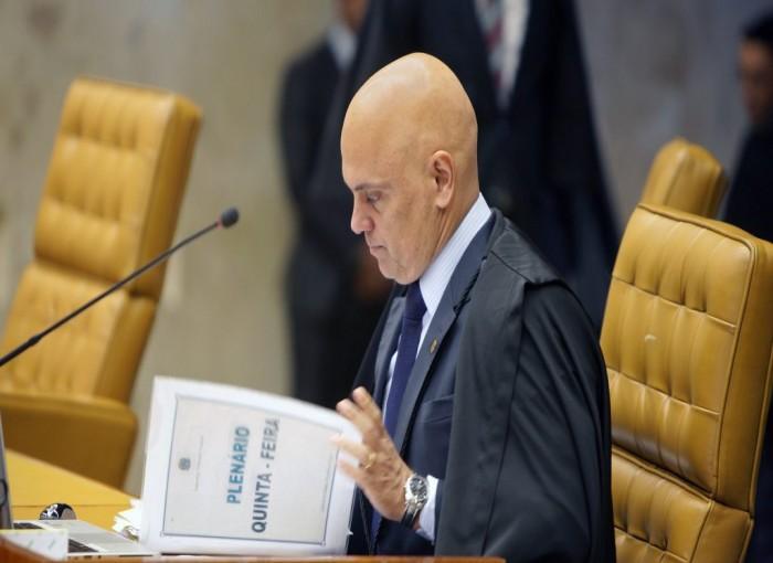Moraes derruba regra que exige regularidade fiscal para time disputar campeonato